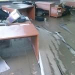 H. Namještaj u učionicama je potpuno devastiran u poplavama