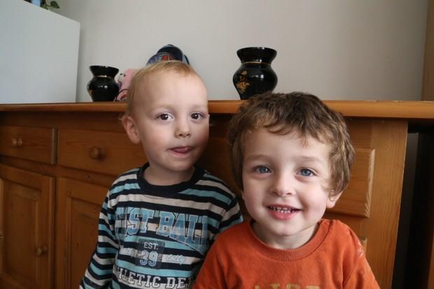 G Filip i Nikola, dva dvogodišnjaka sada u obnovljenom stanu