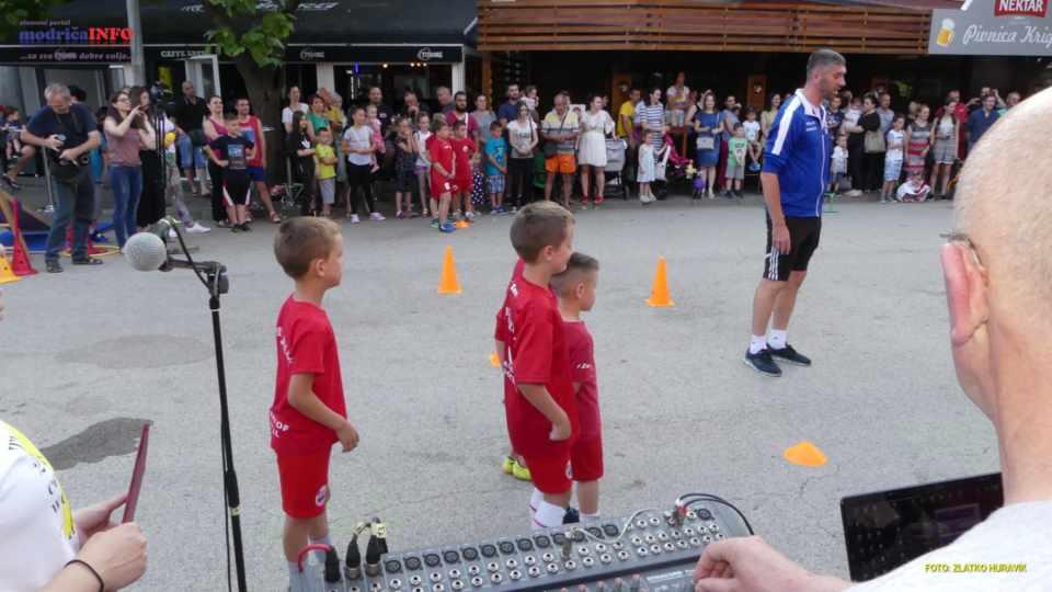 2019-06-26 VESELO DJEČIJE VEČE (141)