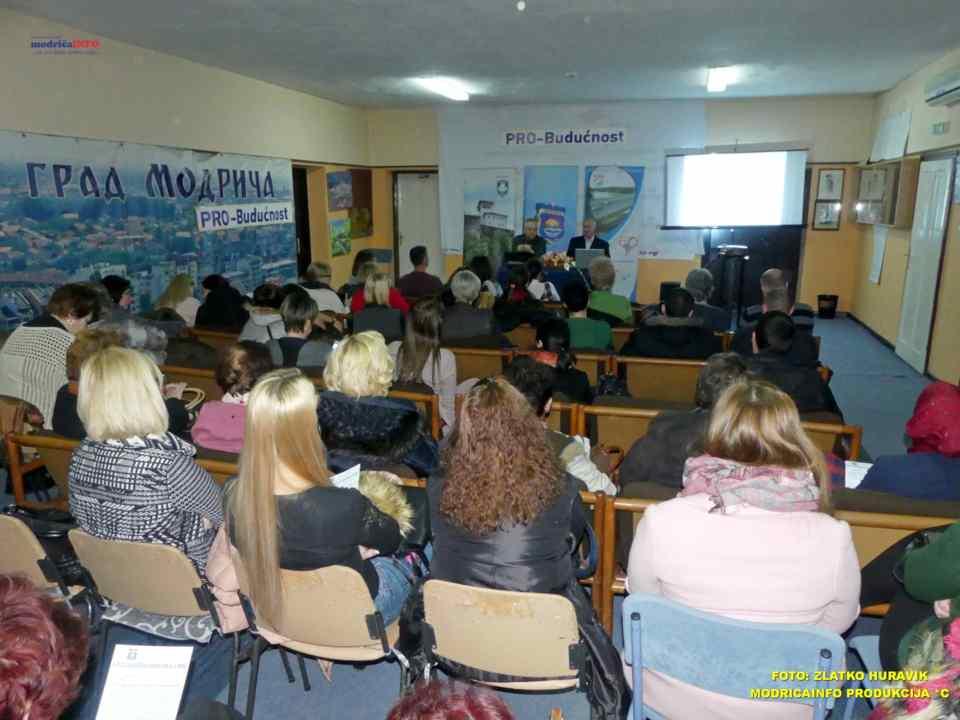 2019-12-12 SKC-DJECA ZASLUŽUJU DA ODRASTAJU U MIRU (1)