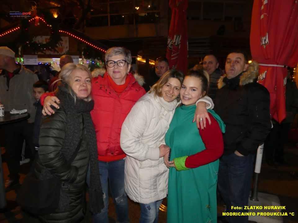 2019-12-29 ZIMZOGRAD-PREDSTAVA ZA DJECU I KONCERT (59)