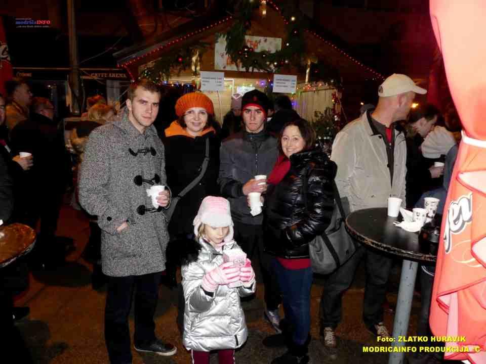 2019-12-29 ZIMZOGRAD-PREDSTAVA ZA DJECU I KONCERT (74)
