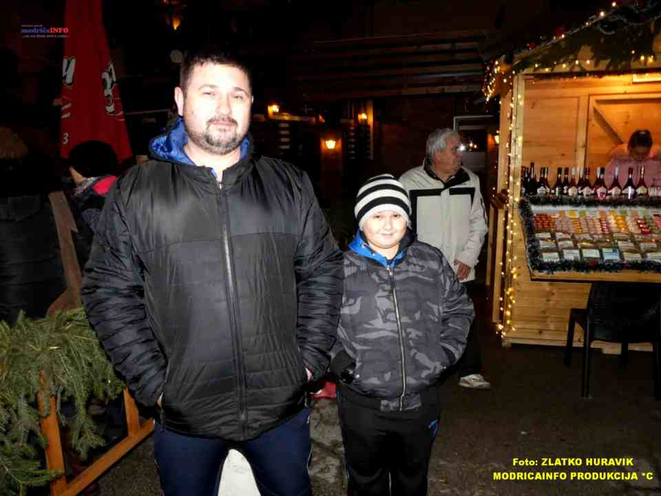 2019-12-29 ZIMZOGRAD-PREDSTAVA ZA DJECU I KONCERT (79)