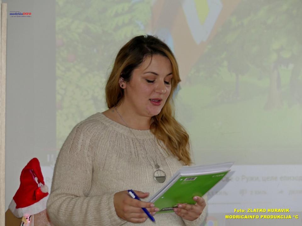 2019-12-31 PODJELA PAKETIĆA U DNEVNOM CENTRU (10)