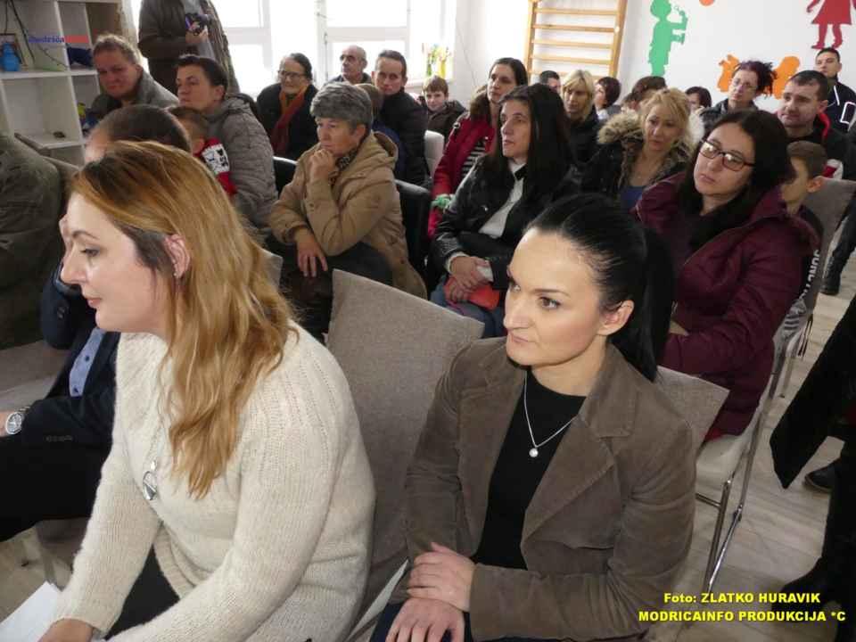 2019-12-31 PODJELA PAKETIĆA U DNEVNOM CENTRU (17)