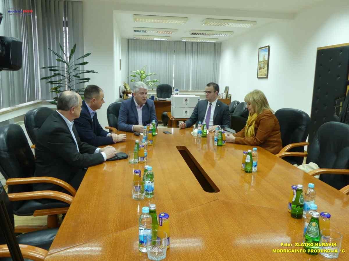 Pomoćnik ministra za sport u posjeti opštini Modriča (2)