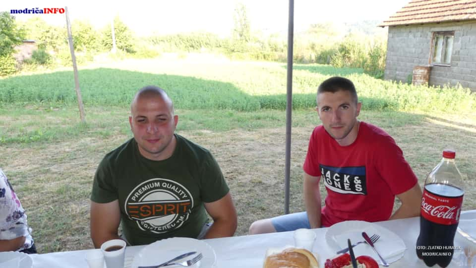 "Promovisan ""Rodoslov"" Zdravka Lazarevića (32)"