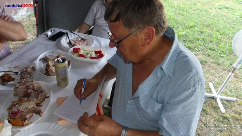 "Promovisan ""Rodoslov"" Zdravka Lazarevića (45)"