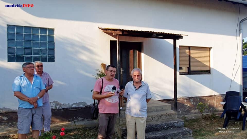 "Promovisan ""Rodoslov"" Zdravka Lazarevića (52)"